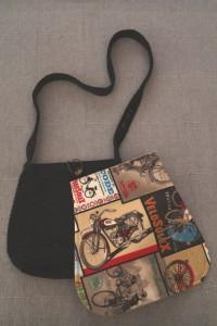 Messenger-Bag mit Wechselklappe 04