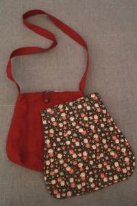 Messenger-Bag mit Wechselklappe 06