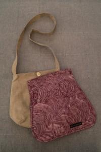 Messenger-Bag mit Wechselklappe 08